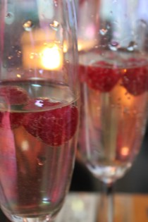 Champennoise / Cocktail de Champagne Ardennes : framboises + champagne + cointreau
