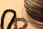 Noir et Gris / Perles et Fils